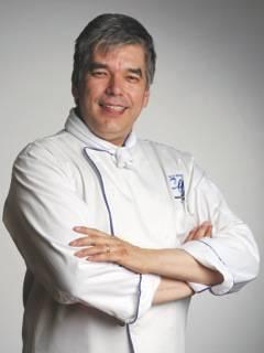 headshot of Chef David Wolfman