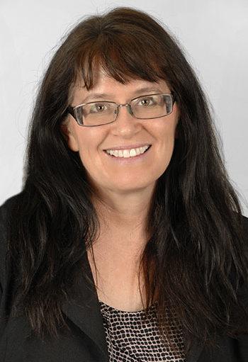 headshot of Linda Gillis